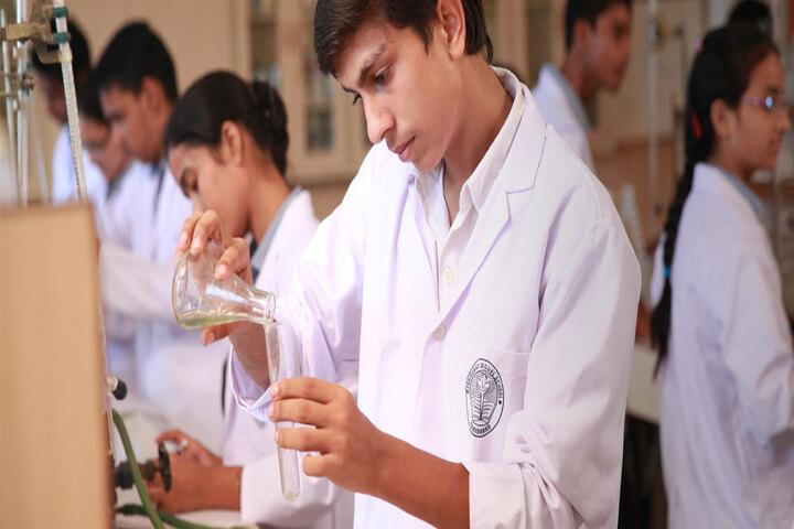 Faridabad Model School-Chemistry Lab