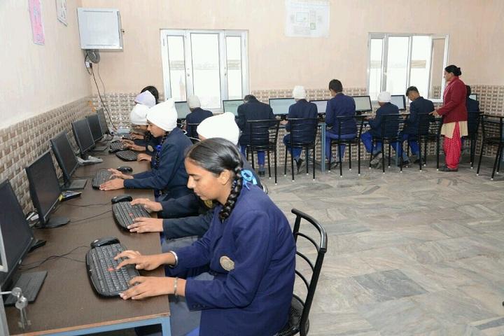 Future Diamonds Public School-Computer Lab