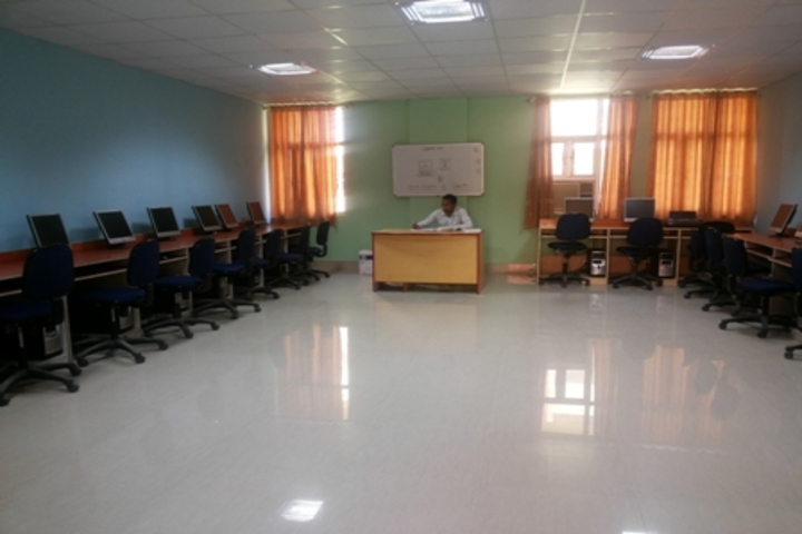 G N World School-Computer Lab