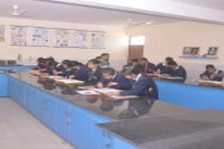 G B Public Senior Secondary School-Physics Lab