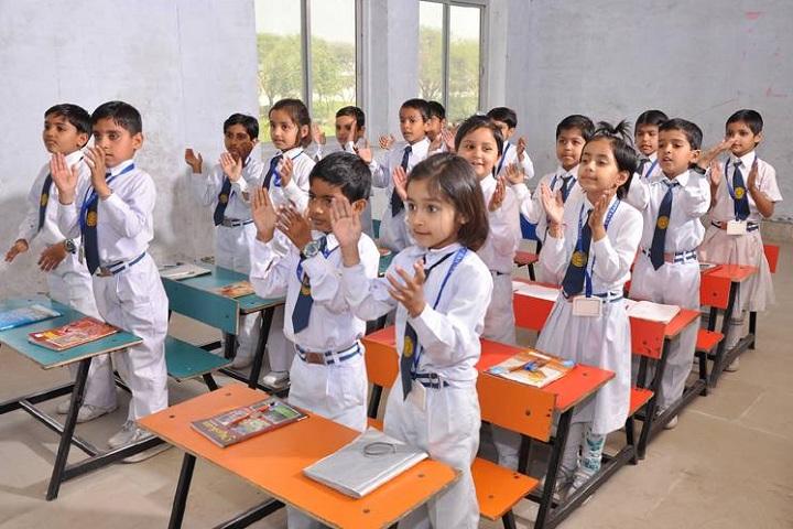 GR International School Kanina-Classroom with students