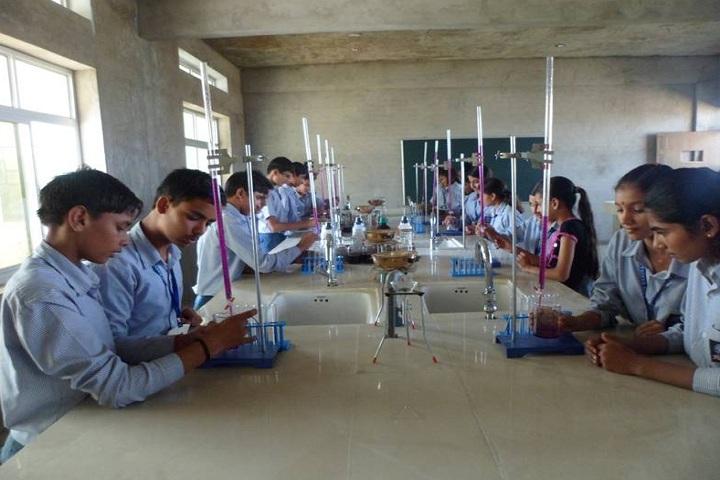 GR International School Kanina-Laboratory