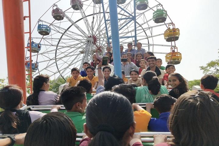 Gayatri Public School-Tour