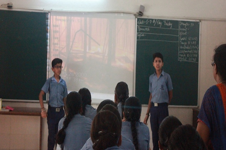 Golaya Progressive Public School-Classroom