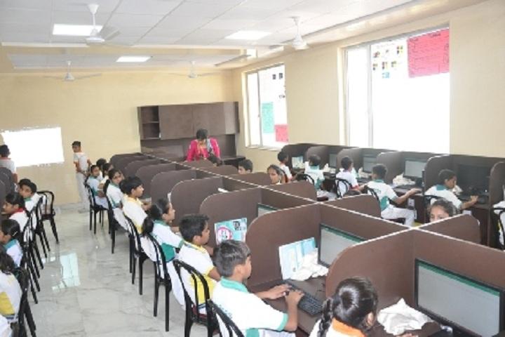 Golden Harrier School-IT-Lab