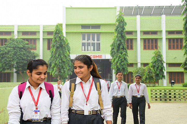 Green Valley Senior Secondary School-Campus-View front with students