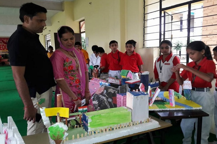 Greenland Public School-School Exhibition