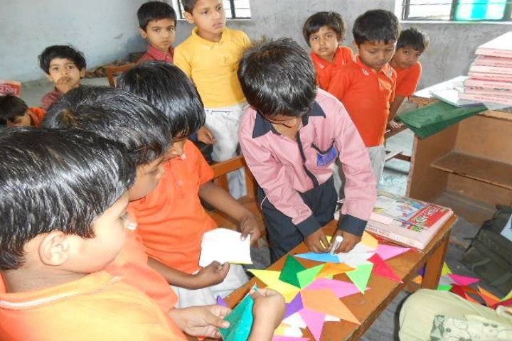 Gulab Public School-Art and Craft