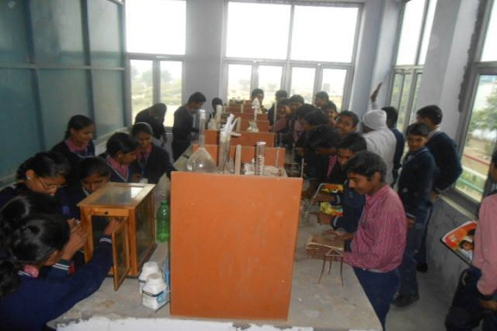 Gulab Public School-Science Lab