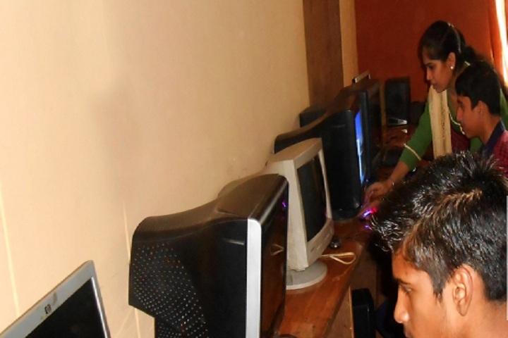 Gurjot Public School-Computer Lab