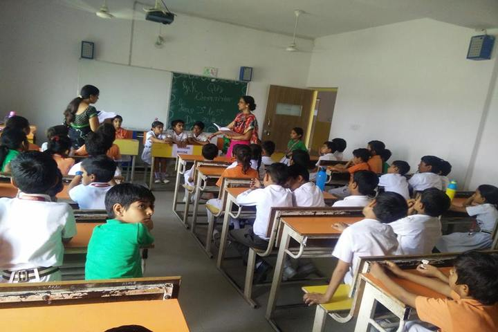Guru Dronacharya Internal School-Classrom