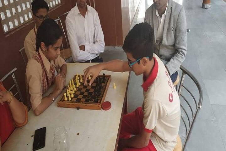 Guru Dronacharya Public School-Indoor Games