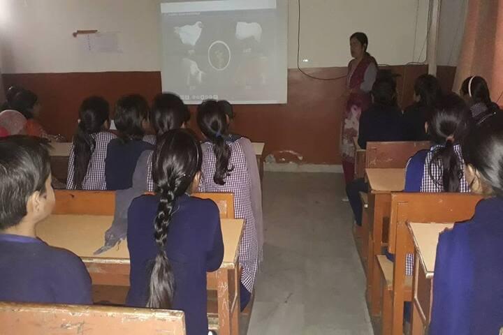 Guru Dronacharya Public School-Smart Class