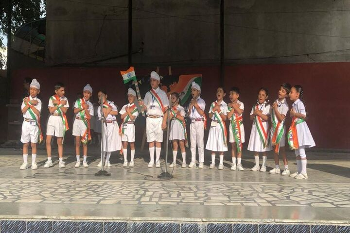 Guru Harkrishan Public School-Independence Day