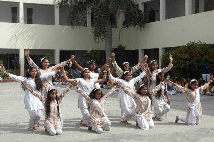 Guru Teg Bahadur Public School-Dance