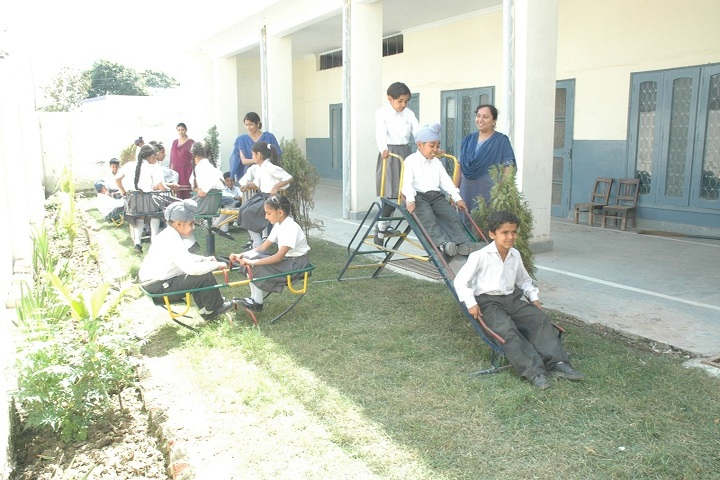 Guru Teg Bahadur Public School-Play Area