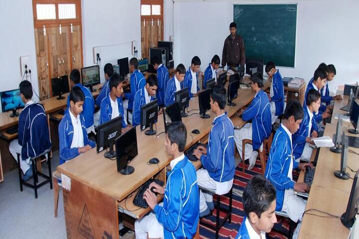 Gurukul High School-Computer Lab