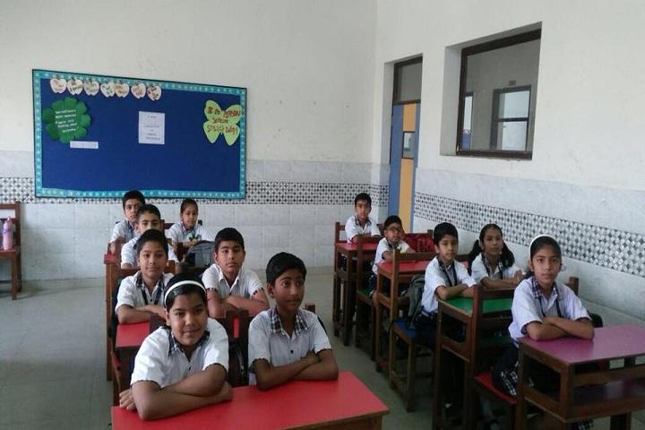 Gyan Ganga Global School-Classroom