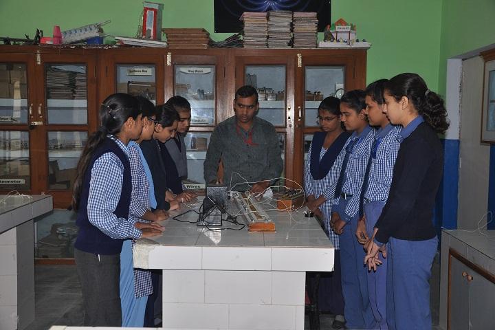 H D Public School-Physics Lab