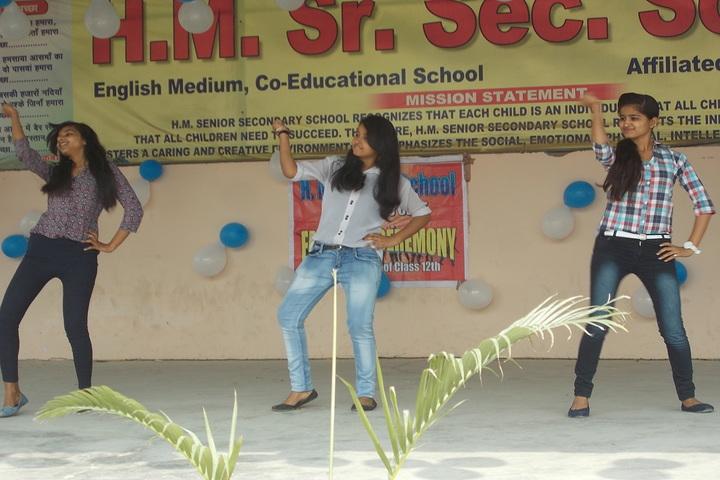H M Senior Secondary School-Dance