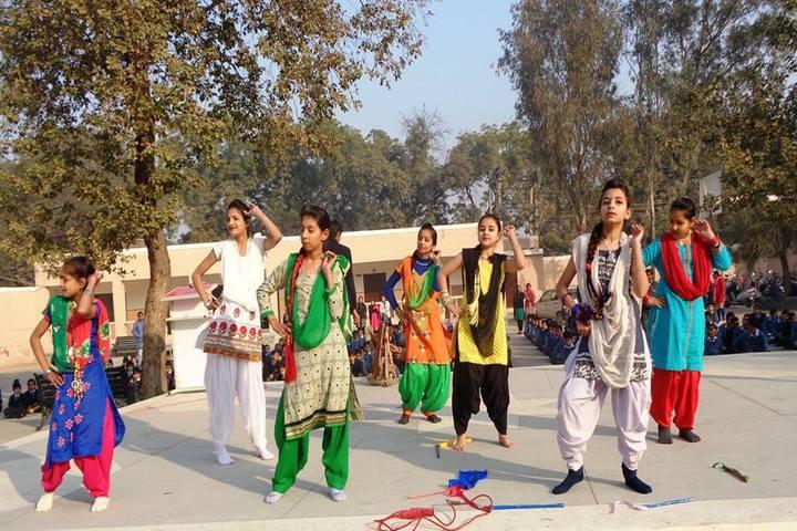 Hari Singh Public School-Dance