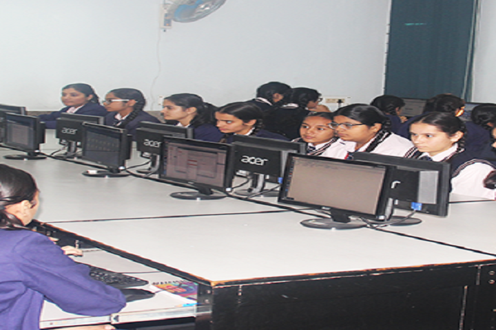 Holy Child Senior Secondary School-Computer Lab
