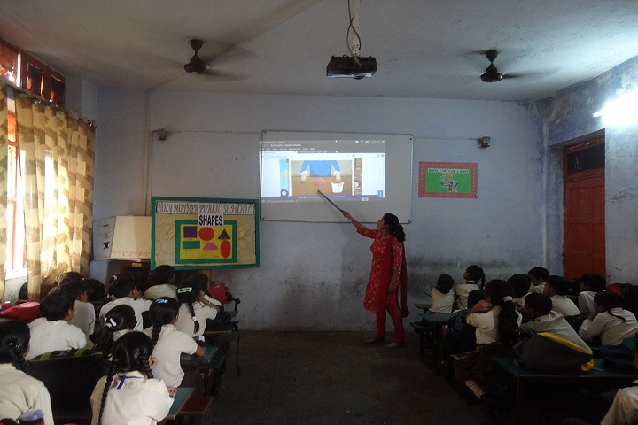 Holy Mother Public School-Classrooms