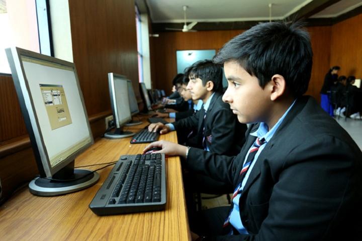 International Bharti School-Computer Lab