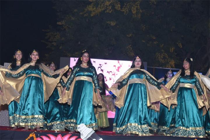 Jankidas Kapur Public School-Dances