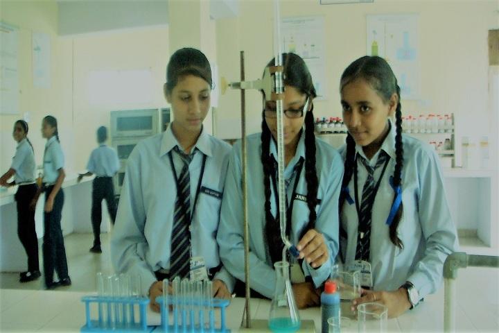 Jankiji Global Public School-Science Lab