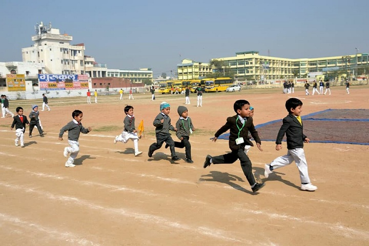 Jat Shining Star Public School-Junior Wing Race