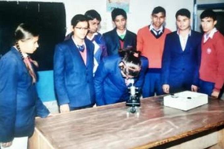 Jcm International School-Physics Lab