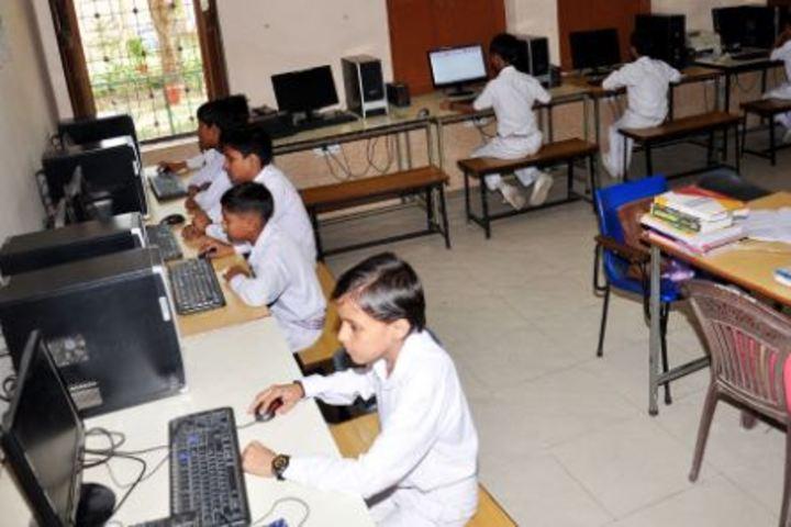 K L Mehta Dayanand Public Senior Secondary School-Computer Lab