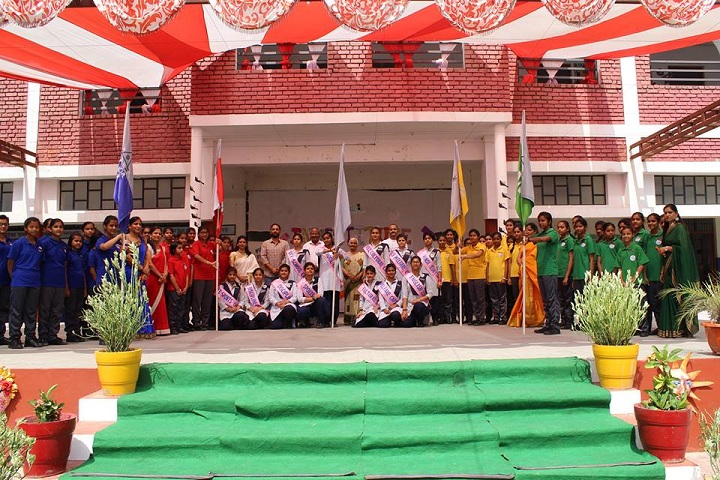Amatir Kanya Gurukul-Investiture Ceremony