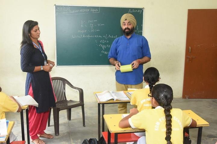 Kastoori Devi Memorial Public School-Lecture