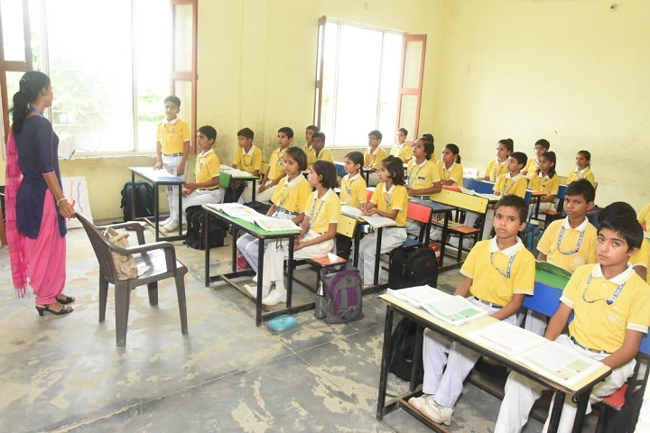 Kastoori Devi Memorial Public School-Classroom