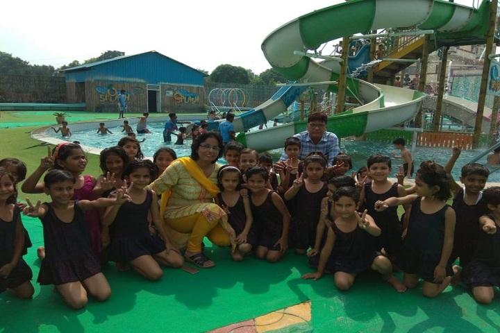 Katar Singh Memorial Public School-Picnic