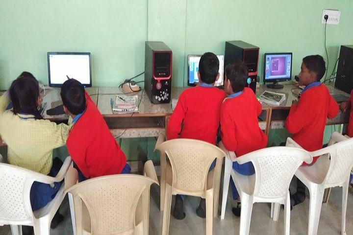 Laxmi Senior Secondary School-ComputerLab