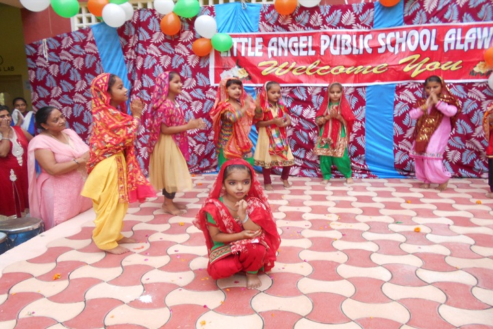 Little Angel Public School-Dance