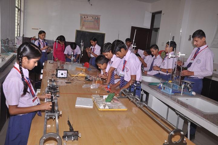 MDVM Public School-Laboratory