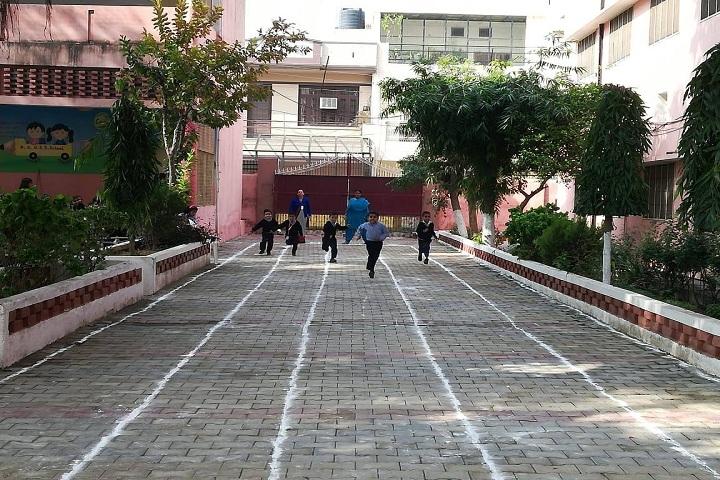 Maharaja Aggarsain Girls Senior Secondary School-Sports
