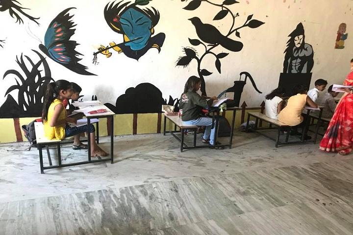 Maharishi Dayanand Convent School and Sports Academy-Kids-Classroom