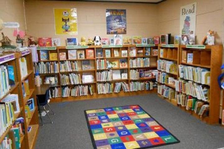 Maharishi Meinhien Public School-Library