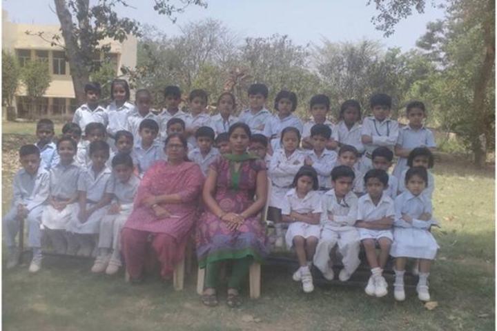 Maharishi Vidya Mandir Public School- Gurugram- Students