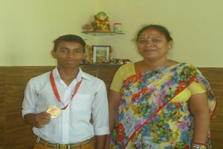 Maharishi Vidya Mandir Senior Secondary School-Gold Medalist