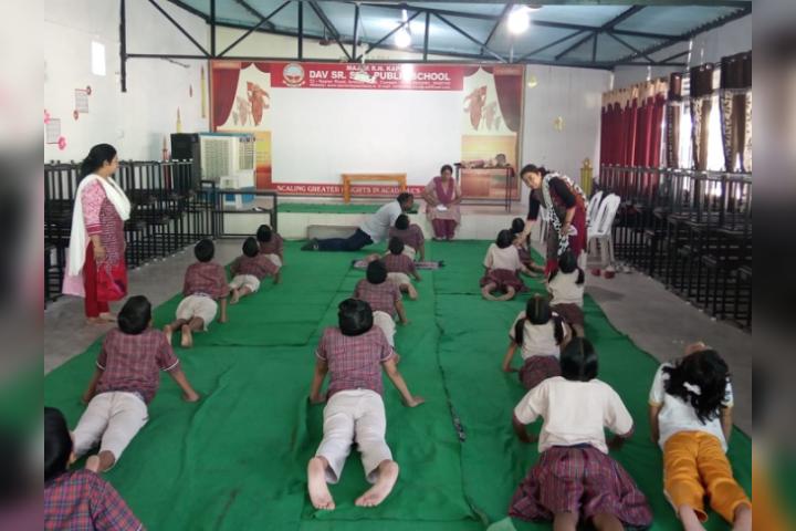 Major R.N Kapoor Dav Public Senior Secondary School- Yoga