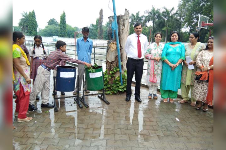 Major R.N Kapoor Dav Public Senior Secondary School- Cleanliness Drive