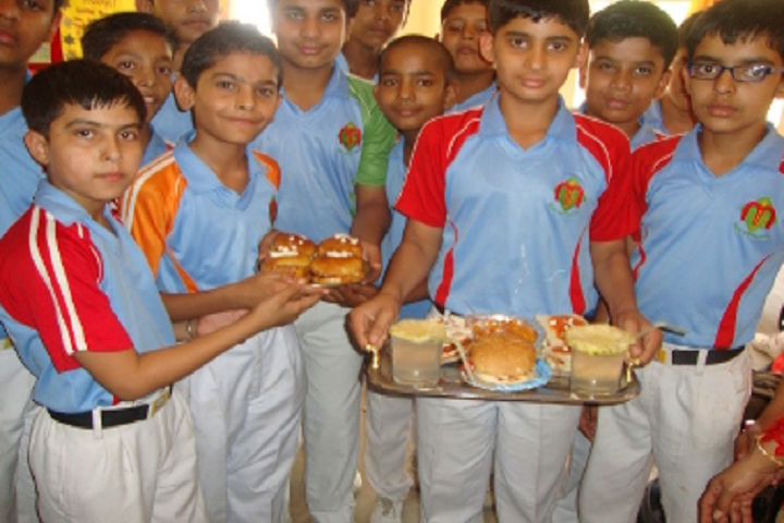 Mann International School-Cooking Competition