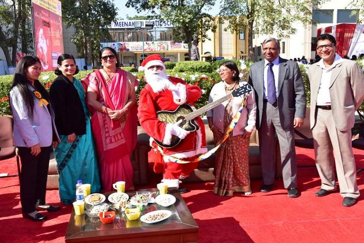 Meenakshi Public School-Christmas Carnival