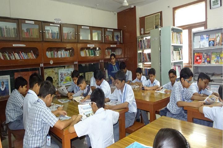 Meenakshi Public School-Library